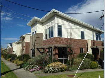 EasyRoommate AU - CONTACT ME  - STEPH    -    1 HOUSEMATE WANTED  - MELBOURNE to move in sep 30th and onw - Maidstone, Melbourne - $170 pw