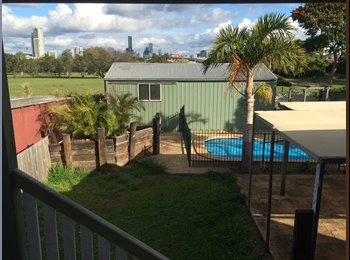 EasyRoommate AU - Room in Windsor with huge balcony, city views, and a pool! - Windsor, Brisbane - $174 pw
