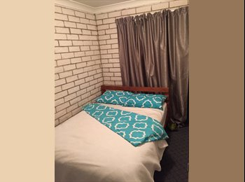 EasyRoommate AU - Room for rent - Palm Beach, Gold Coast - $145 pw