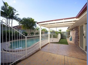 EasyRoommate AU - Enjoy the summer, single room available in a house with a pool  - Wishart, Brisbane - $160 pw