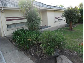 EasyRoommate AU - room to rent christie downs   morphettvale, Christie Downs - $130 pw