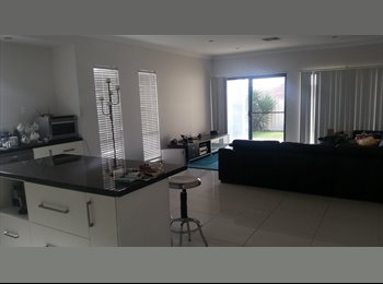 EasyRoommate AU - Room with a view in Enfield - Enfield, Adelaide - $180 pw