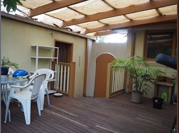Rooms for rent, share house