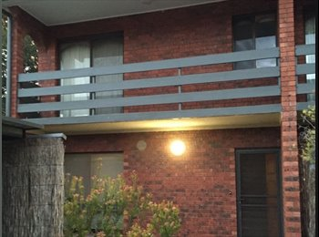 EasyRoommate AU - Room to rent in three bedroom unit - Kensington, Adelaide - $160 pw