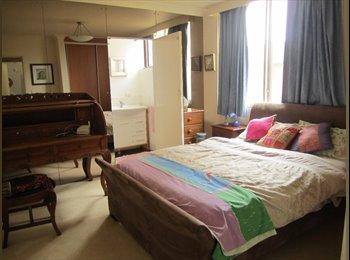 EasyRoommate AU - PRIVATE BATHROOM, LARGE ROOM IN BONDI - Bondi, Sydney - $330 pw