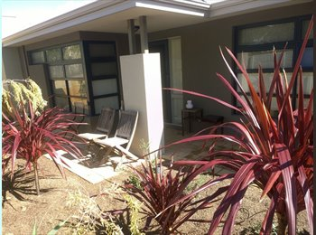 LARGE Double Bedroom Available (formally entertainment...