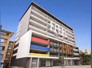 EasyRoommate AU - Near new apartment within 5 mins walk to Parramatta Station - Parramatta, Sydney - $680 pw