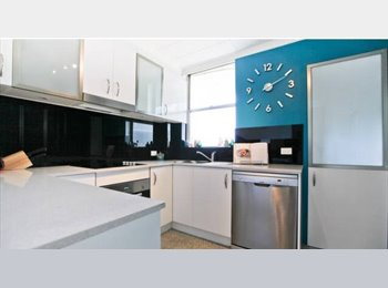 EasyRoommate AU - Gorgeous Cremorne penthouse looking for flatmate - Cremorne, Sydney - $320 pw