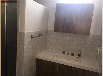 EasyRoommate AU - 2 bedrooms available! - Lavington, Albury - $130 pw