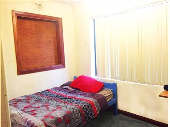 EasyRoommate AU - TWO spacious rooms in Marrickville available - 5min walk to station! - Marrickville, Sydney - $195 pw