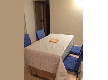 One furnished bedrooms, 2Km to Carins CBD, close to...