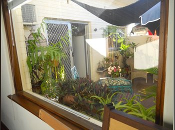 EasyRoommate AU - House with a pool, 15 minutes from airport, beach and city, Stirling - $185 pw