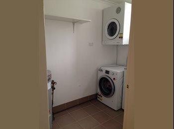 EasyRoommate AU - room for rent - Sutherland, Sydney - $250 pw