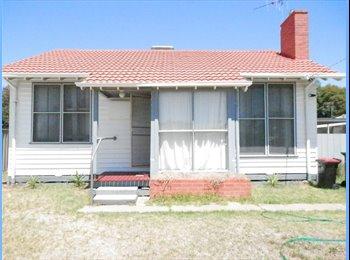 EasyRoommate AU - Shepparton House - Shepparton, Shepparton - $100 pw