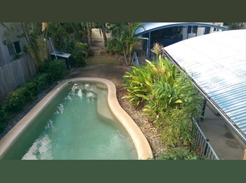 EasyRoommate AU - Furnished room close to town - Cairns, Cairns - $150 pw