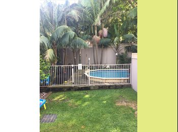 EasyRoommate AU - Modern 3 Bedroom House with Pool - Chifley, Sydney - $380 pw