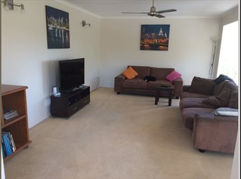 EasyRoommate AU - Room for Rent Gladstone - West Gladstone, Gladstone - $150 pw