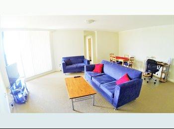 EasyRoommate AU - Spacious and bright room in Rockdale - Rockdale, Sydney - $195 pw
