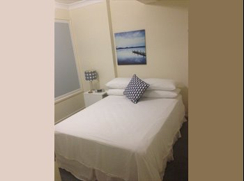 EasyRoommate AU - Studio room to let - Tarragindi, Brisbane - $200 pw