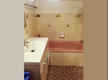 EasyRoommate AU - Master room, Single room, Burleigh heads - Burleigh Heads, Gold Coast - $170 pw