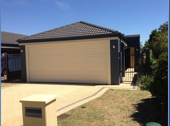 EasyRoommate AU - 20 mins to city! Furnished room in bright modern home - Riverton, Perth - $160 pw