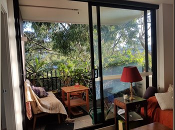 EasyRoommate AU - All the best of Collingwood in a tranquil furnished apartment, Collingwood - $260 pw