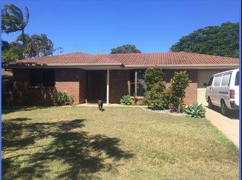 EasyRoommate AU - Room for rent - Ormiston, Brisbane - $150 pw