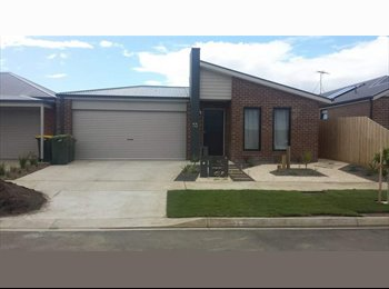 EasyRoommate AU - 2 rooms available near station - Marshall, Geelong - $160 pw