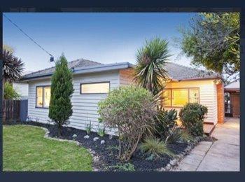 EasyRoommate AU - GEELONG WEST ROOMS FOR RENT - Geelong West, Geelong - $135 pw