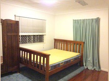 EasyRoommate AU -  QS room in Sustainable Home cls to everything, Brisbane - $150 pw