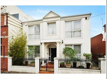 EasyRoommate AU - Best Location! Private Room Exotic Mansion from $300/w?, Collingwood - $300 pw