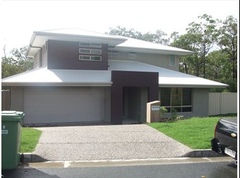 EasyRoommate AU - Flatmates wanted - 2 Bedrooms available $150 and $190 - Coomera, Gold Coast - $150 pw