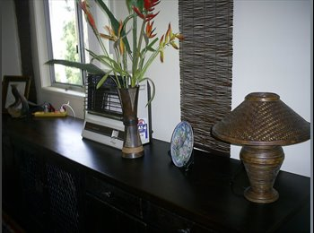 EasyRoommate AU - Bush retreat but close to beach, shops and everything important! - Burleigh Heads, Gold Coast - $250 pw