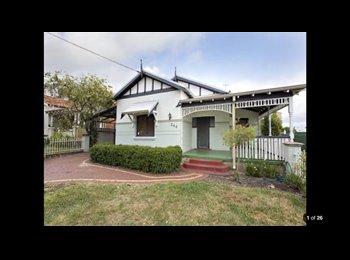 EasyRoommate AU - Room for Rent  - Inglewood, Perth - $180 pw