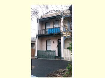 EasyRoommate AU - furnished share house available., Southbank - $140 pw