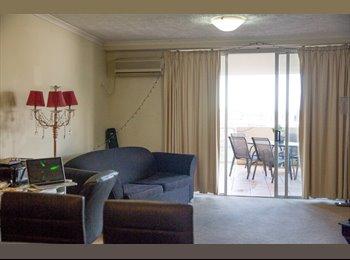 EasyRoommate AU - Urgent: 1 bedroom & bathroom ensuite in heart of Fortitude Valley, Spring Hill - $260 pw