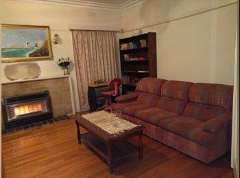 EasyRoommate AU -  Single room to rent, Kew - $200 pw