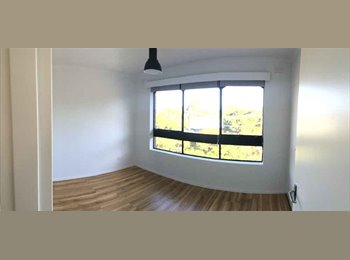 EasyRoommate AU - Sunny Room Footscray, Melbourne - $185 pw
