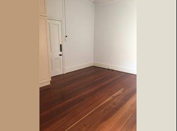 EasyRoommate AU - Character West Leederville room for rent, West Leederville - $215 pw