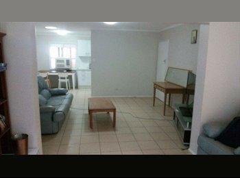 EasyRoommate AU - Room available now!, Mount Gravatt East - $156 pw