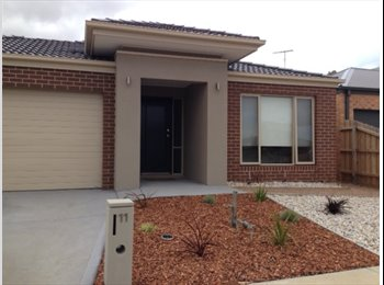 EasyRoommate AU - Brand New 4 bedroom House to Share, Marshall - $180 pw