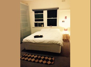 EasyRoommate AU - Room in lovely Rose Bay , Rose Bay - $320 pw