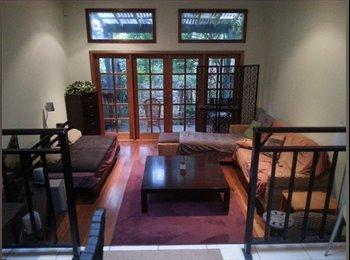 EasyRoommate AU - Big room in a big house in Newtown, Newtown - $350 pw