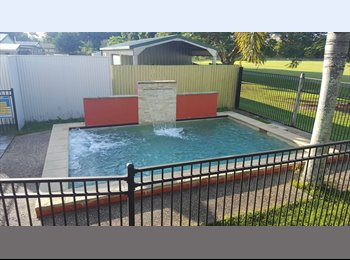 Room for rent 5 mins from CBD with pool and no rear...