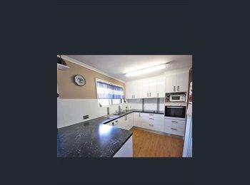 EasyRoommate AU - Room to rent with own bathroom, Brisbane - $175 pw