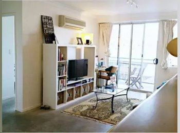 EasyRoommate AU - Convenient flat in the CBD, Adelaide - $230 pw