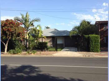 EasyRoommate AU - Very Clean 3 bedroom KLEMZIG house AVAILABLE from $160- $180 per week plus share expenses, there are, Walkerville - $180 pw