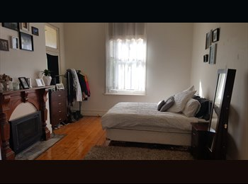 EasyRoommate AU - Quarry Hill large room - $200 incl water & gas, Quarry Hill - $200 pw