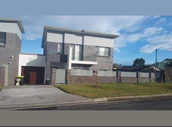 EasyRoommate AU - Warm and beautiful new house, Sydney - $230 pw