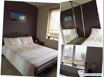 EasyRoommate AU - Fully Furnished Secure Apartment Close to Transport and Shops, Hampton - $205 pw